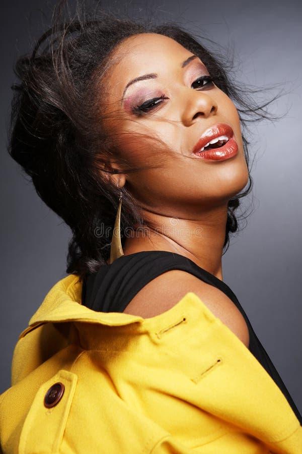 девушка 2 афроамериканцев красивейшая стоковые изображения rf