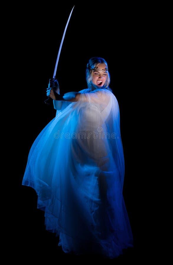Девушка Elven с шпагой стоковое фото rf
