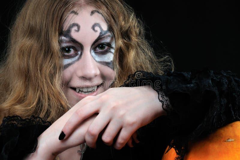 Download девушка Halloween готовый к вампиру Стоковое Фото - изображение насчитывающей halloween, жестокосердно: 6862964