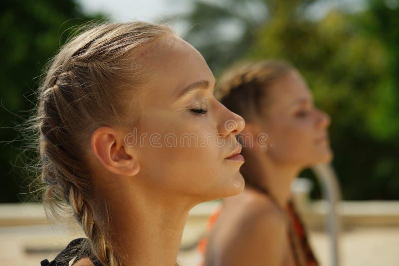 Девушки здоровья стоковое фото rf