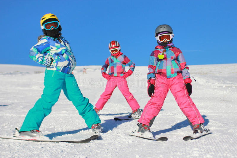 Девушки на снежке стоковое фото rf