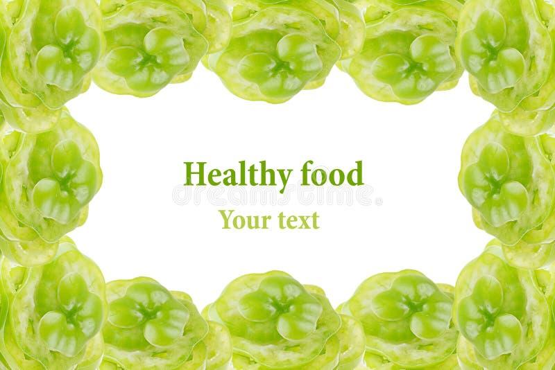 Декоративная выпушка куч зеленого перца на белой предпосылке изолировано Рамка еда вареников предпосылки много мясо очень стоковая фотография