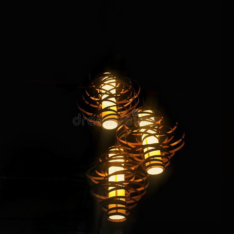 Декоративная лампа накаляя в темноте стоковое фото