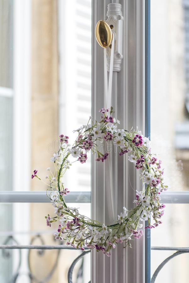 Декоративное кольцо цветка стоковое изображение rf
