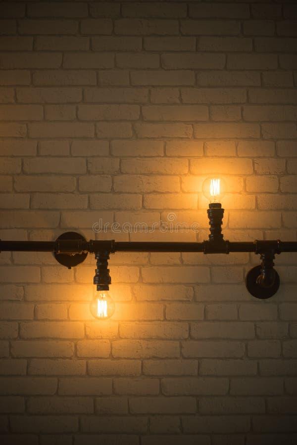 Декоративные античные электрические лампочки стиля стоковое фото rf