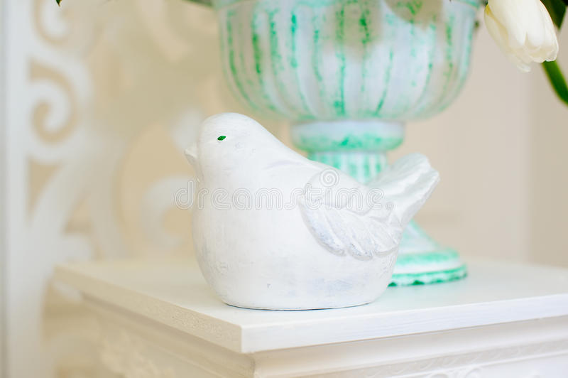 Декоративные птицы figurine стоковые фотографии rf