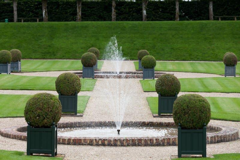 Download Декоративные сады стоковое фото. изображение насчитывающей орнаментально - 33738492