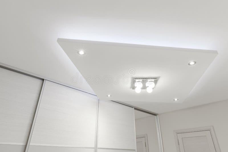 Декоративный потолок с освещением стоковые фото