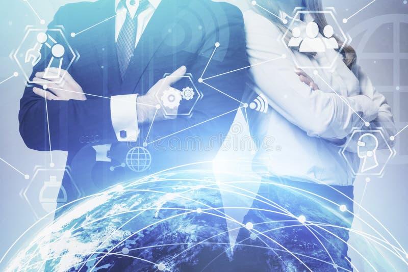 Деловые партнеры и сетевой интерфейс стоковая фотография