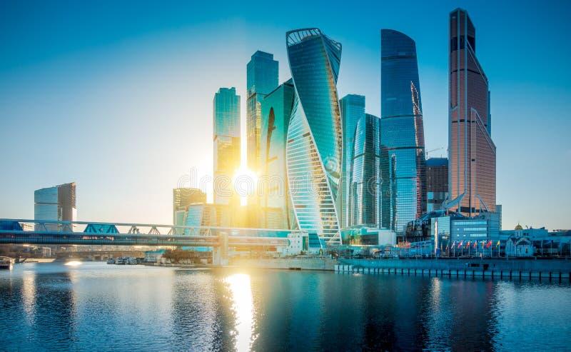 Деловый центр Москвы небоскребов международный, Россия стоковое изображение rf