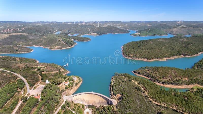 дел Фото от неба, запруд заполнило с водой Odiaxere Бравада Portimao стоковая фотография rf