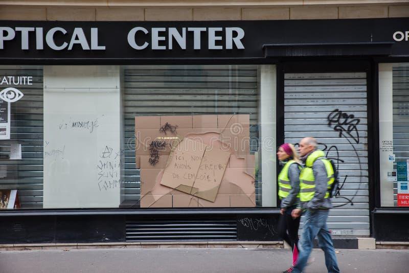 """Демонстрация """"Gilets Jaunes в Париже, Франции стоковое фото"""