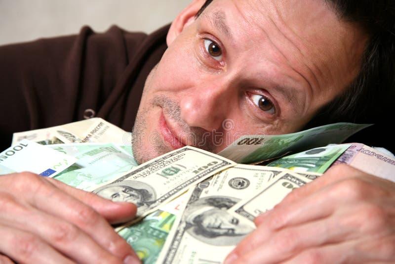 фото человек много денег обнимает первой