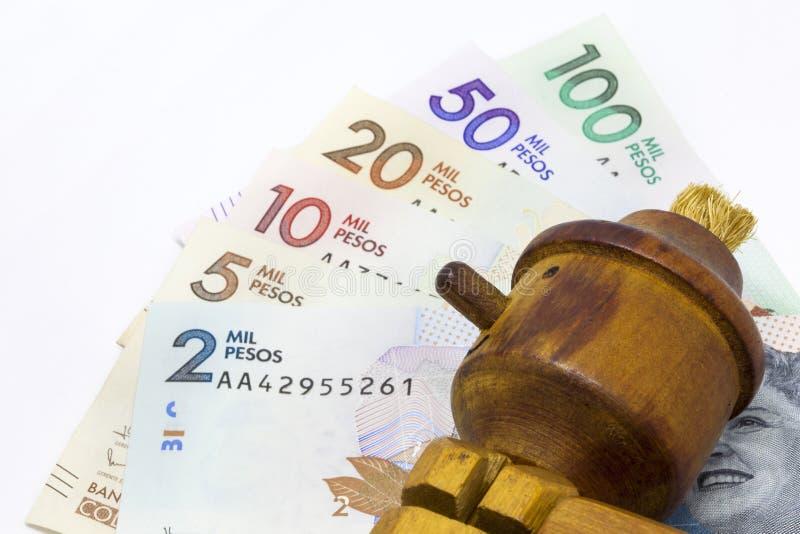 Деньги и лож стоковые изображения
