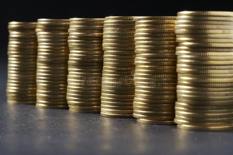 Download деньги колонки стоковое изображение. изображение насчитывающей дело - 491523
