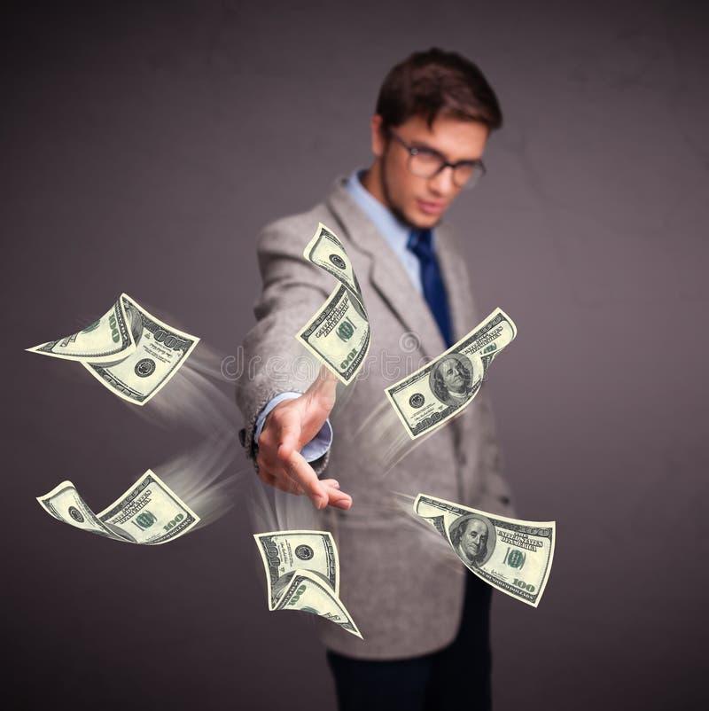 человек кидающий деньги картинки начала владельцам