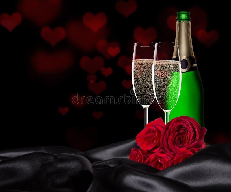 День валентинки с шампанским и розами стоковое фото