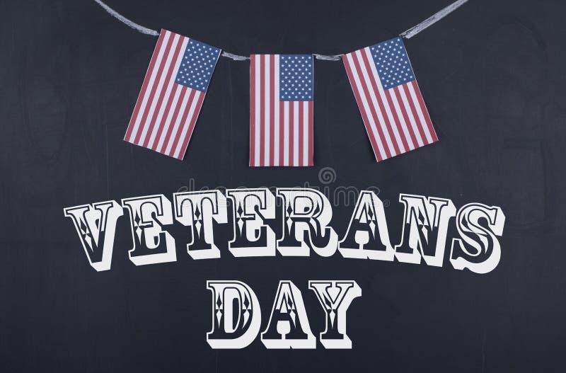 День ветеранов и американский флаг стоковая фотография rf