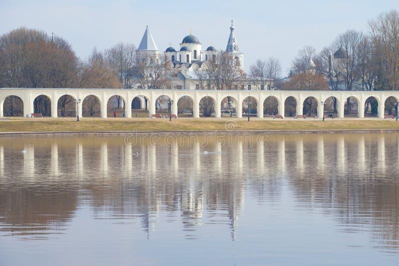 День в апреле на суде Yaroslav Veliky Новгород E стоковое фото rf
