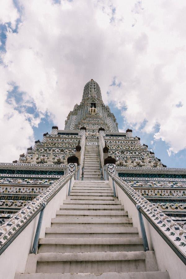 День в Бангкоке, Таиланд, висок Wat Arun стоковая фотография rf
