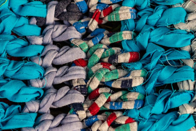 Деревенская красочная ткань сделанная мастерами Handmade половик handmade стоковое фото rf