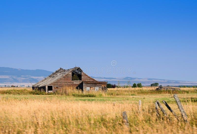 Деревенский старый амбар в Вайоминге США стоковое фото