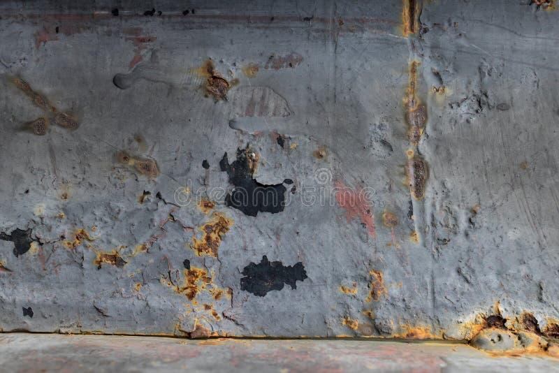 Деревенской поврежденная металлической пластиной предпосылка текстуры стоковая фотография rf