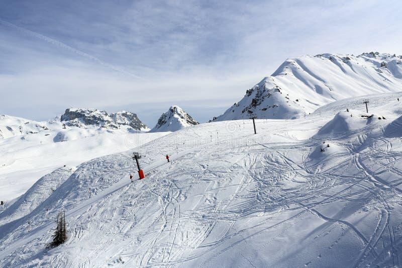 Деревни Plagne, ландшафт зимы в лыжном курорте Ла Plagne, Франции стоковые фото