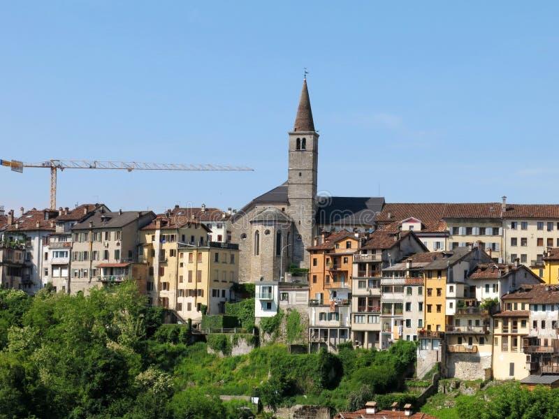 Download Деревня Италия городка Беллуно Стоковое Изображение - изображение насчитывающей сценарно, италия: 41659547