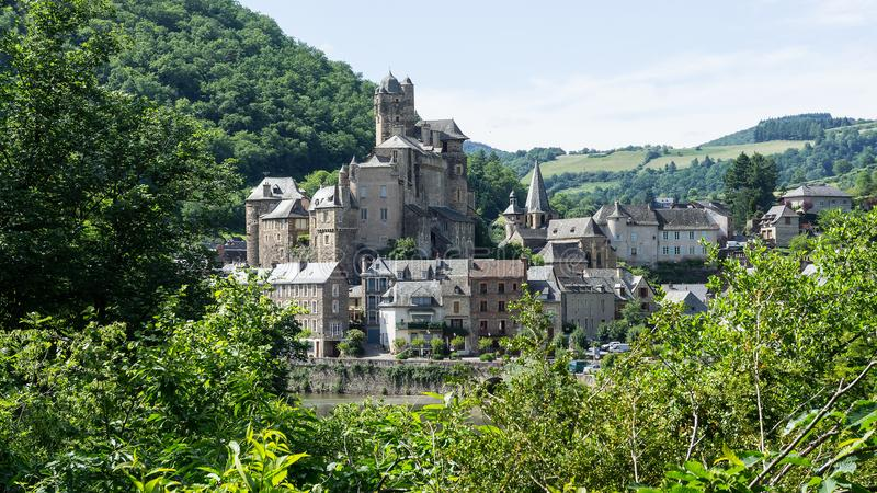 Деревня и замок Estaing в Франции стоковое изображение
