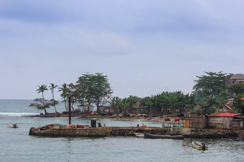 Деревня Порту-Алегри в острове Сан Томе и Принчипе - Afr стоковые изображения rf