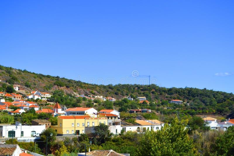 Деревня Alte в Португалии стоковые изображения