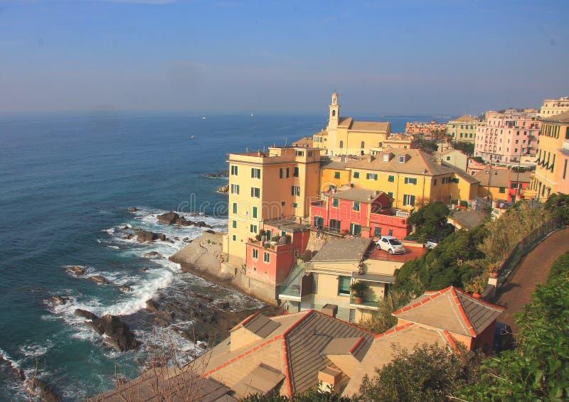 Деревня Boccadasse в Генуе увиденной от Ист-Сайд стоковое изображение rf
