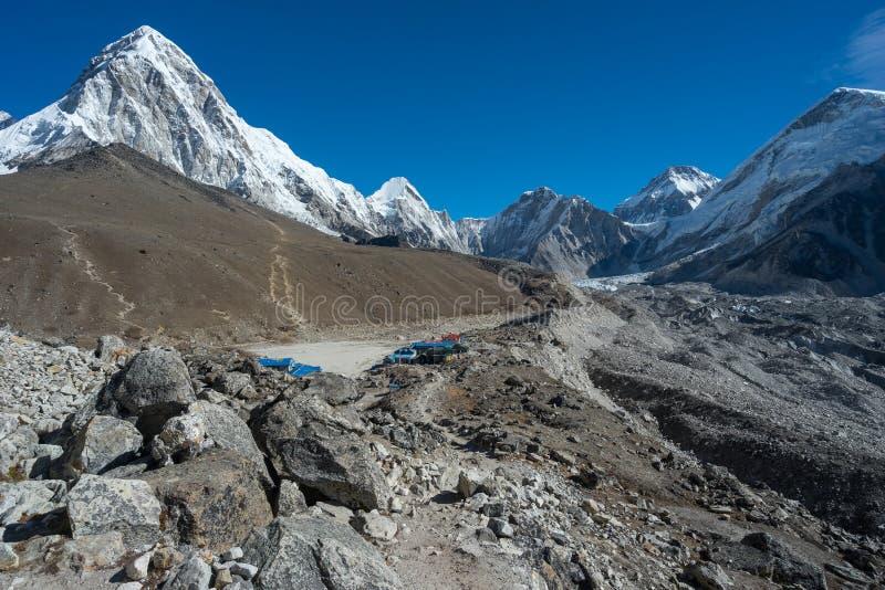 Деревня Gorakshep около базового лагеря Эвереста, зоны Эвереста, Непала стоковые изображения