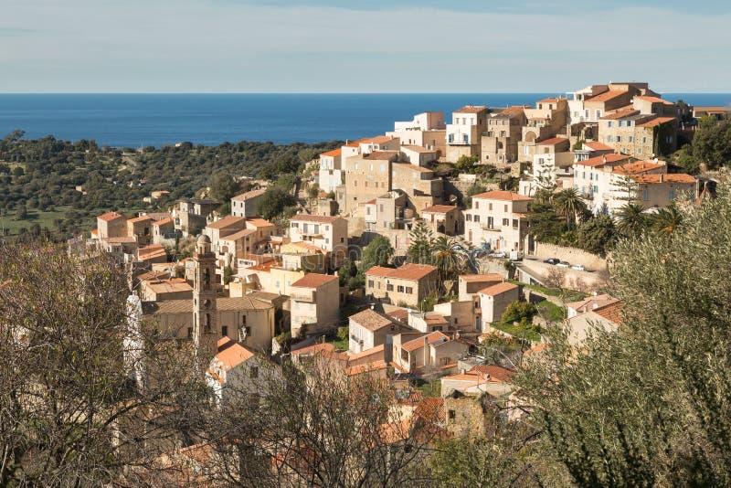 Деревня Lumio в зоне Balagne Корсики стоковые фото