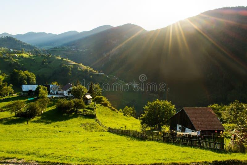Деревня Magura, живописное место от графства Brasov, Трансильвании, Румынии стоковое фото