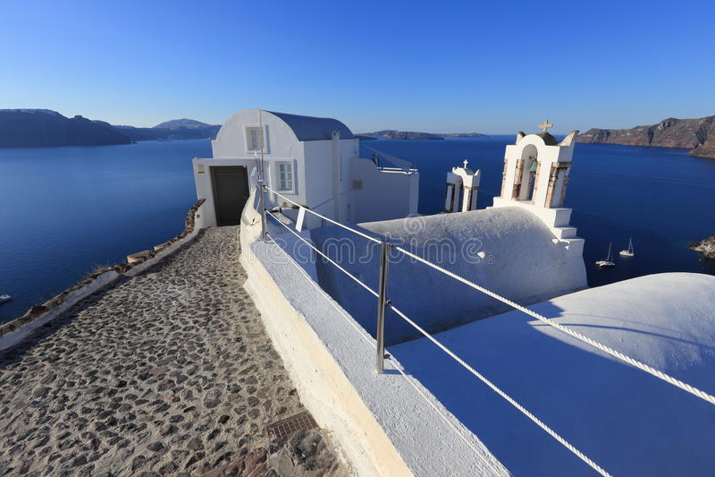Деревня Oia (Ia) на острове Santorini, Греции стоковая фотография