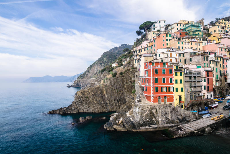 Деревня Riomaggiore Cinque Terre в Лигурии, Италии стоковая фотография