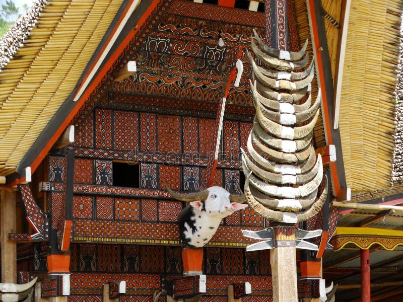 Деревня Toraja, Celebes, Сулавеси, Индонезия Деталь дома стоковое изображение