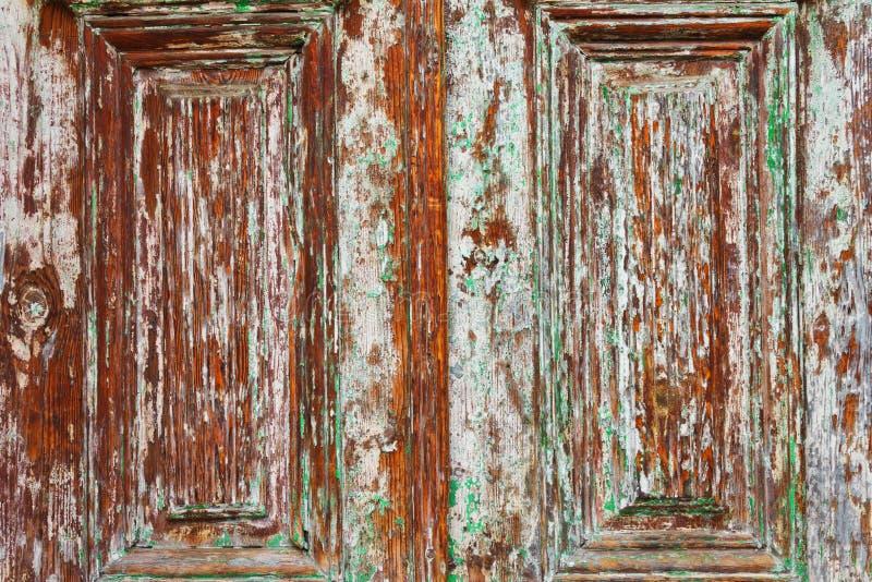 Деревянная дверь амбара стоковая фотография rf