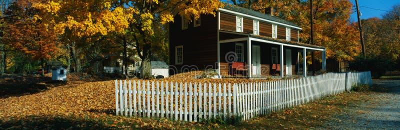 Деревянная дом стоковые изображения