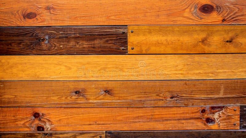 Деревянная доска различной яркой текстуры предпосылки цветов стоковое фото