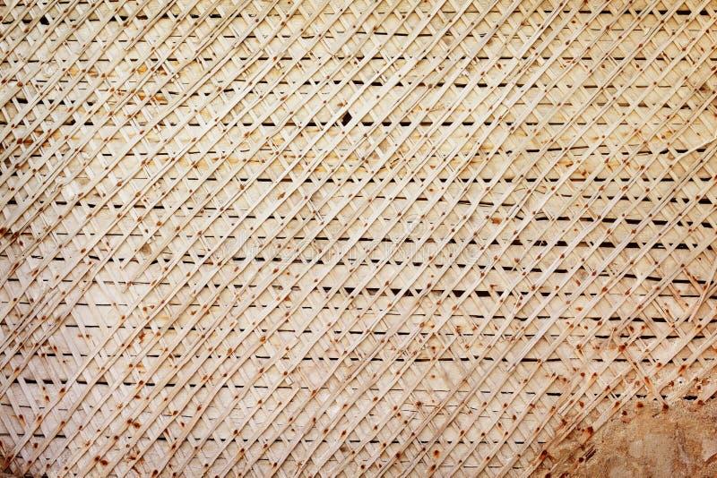 Деревянная рамка старой казармы огораживает предпосылку grunge стоковые фотографии rf