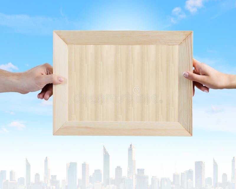 Download Деревянная рамка стоковое изображение. изображение насчитывающей место - 41650315