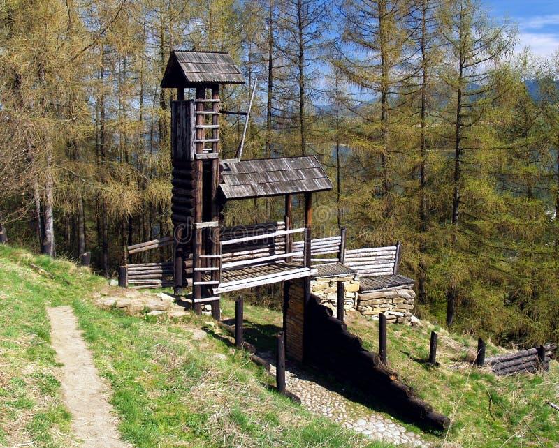 Деревянное городище на Havranok, Словакия стоковое фото