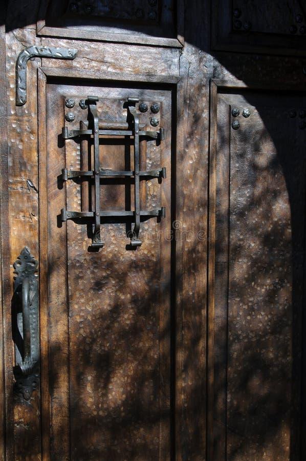 деревянное двери деревенское стоковые фотографии rf