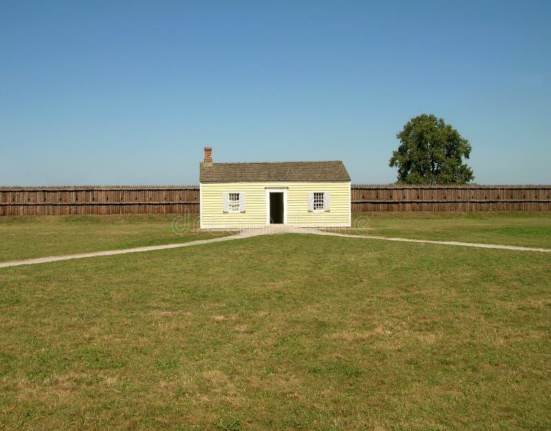 деревянное дома белое стоковое изображение rf