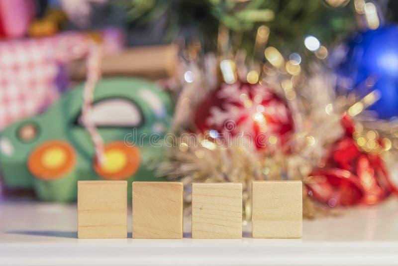 Деревянное 2018 с Новым Годом партии счастливым, предпосылка партии стоковые фотографии rf