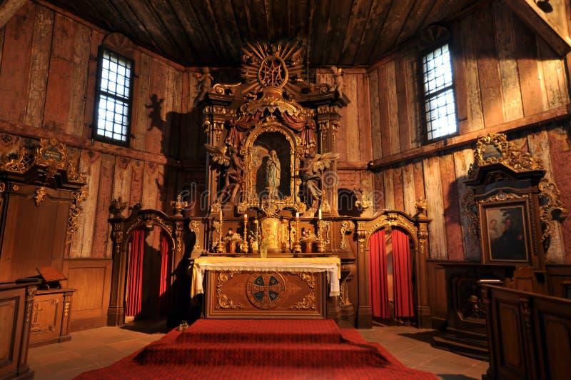 деревянное церков нутряное старое стоковое изображение rf