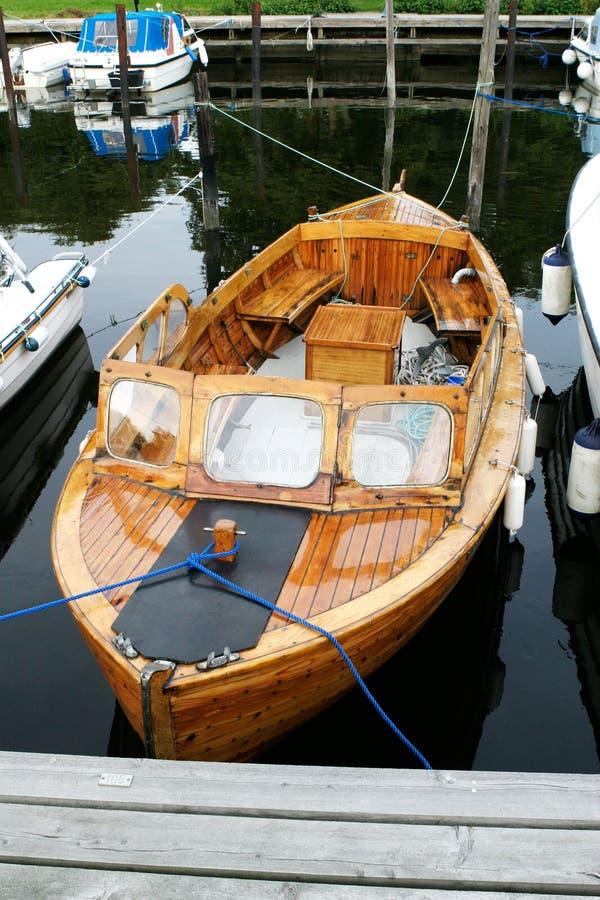 деревянное шлюпки норвежское стоковая фотография rf